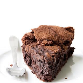 5 Ingredient Flourless Chocolate Cake.