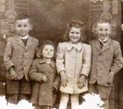 Photo: Misák Endre, Beke Irén, Beke Hermina, Misák Pali 1950?