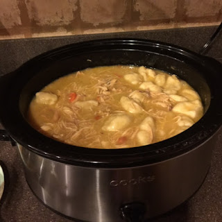 Yummy Slow Cooker Chicken & Dumplings!!