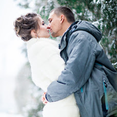 Wedding photographer Anna Nosova (Atolia). Photo of 28.12.2015