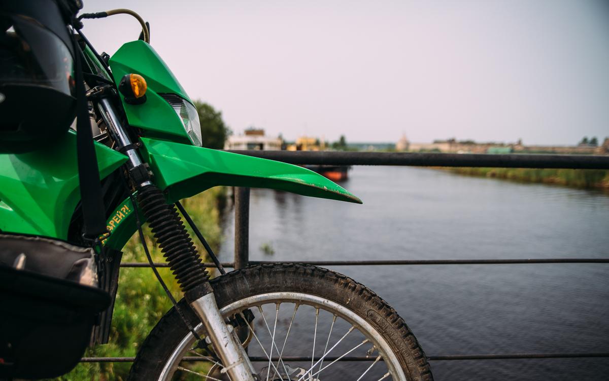 Орешек, мотоцикл, мотопутешествие, ленинградская область