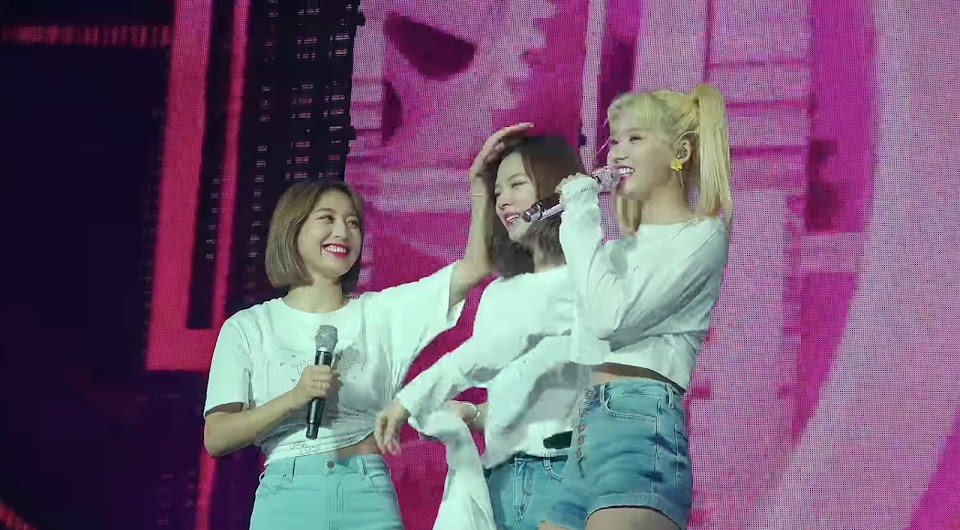 twice seize the light jihyo jeongyeon sana