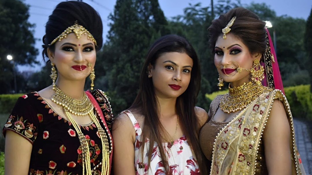 BLUSH MAKEUP STUDIO- Best Beauty Parlor, Salon & Bridal