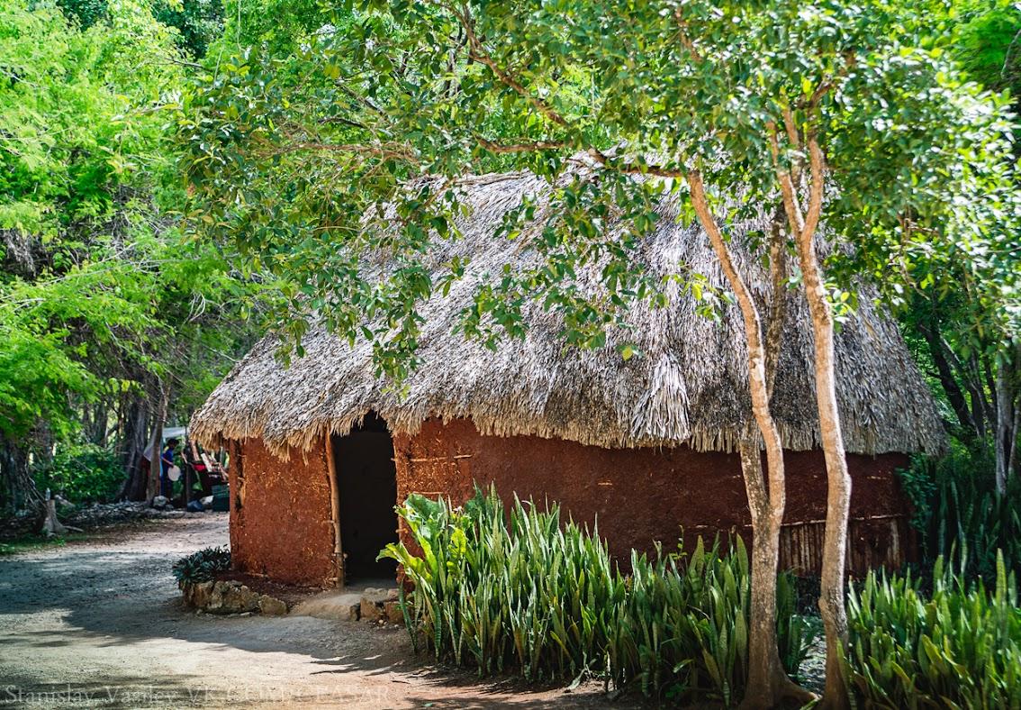 Чичен-Ица, Реконструкция жилого дома Майя