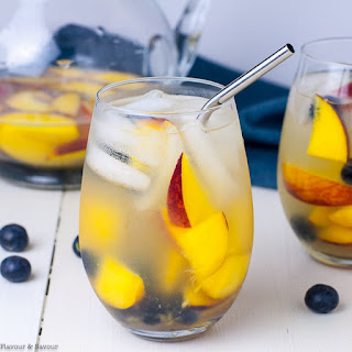 The Best Peach Sangria Recipe