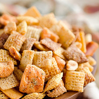 Zesty 3 Cheese Snack Mix