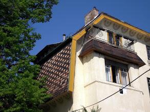 Photo: Sgraffito díszítés az Árkay Sándor által tervezett épületen