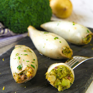 STUFFED SQUID with potatoes and broccoli