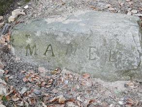 """Photo: Emmanuel Coste dit Manel, berger de Saint-Martin de L'Albère. Né le 25 décembre 1822 et décédé le 21 janvier 1911 à Saint Martin. Le jour de son décès, il tomba tant de neige qu'il fallut attendre 4 jours pour le porter en terre. """"QUAND MANEL MOURRA, LA MONTAGNE PLEURERA"""" A sa façon la montagne a pleuré la mort de Manel.à Saint Martin"""