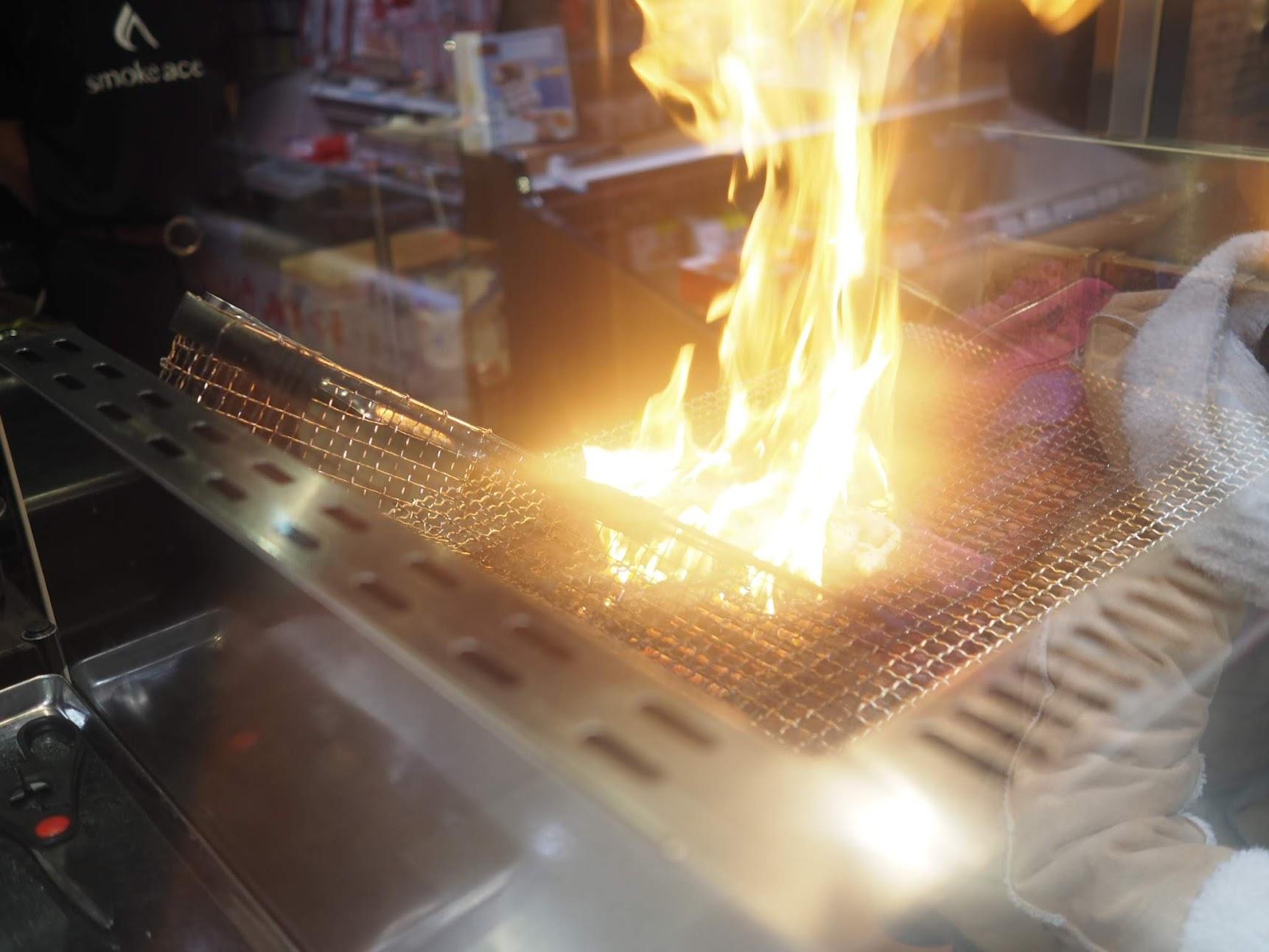燻製屋さんの炎