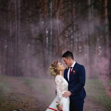 Wedding photographer Angelina Kameneva (FotKAM). Photo of 17.08.2017