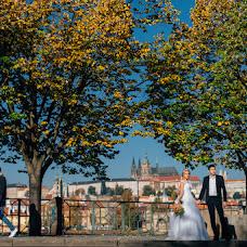 Wedding photographer Viktor Lomeyko (ViktorLom). Photo of 29.11.2017