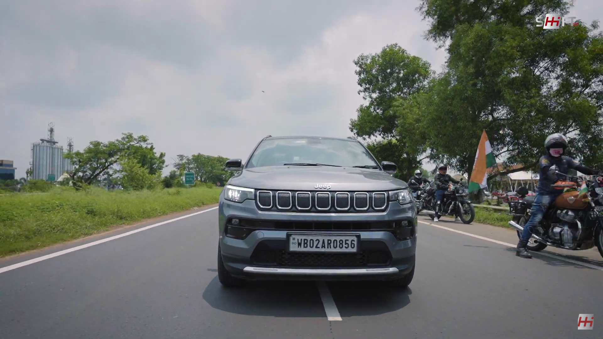 2021 Freedom Drive Jeep Compass Front Look