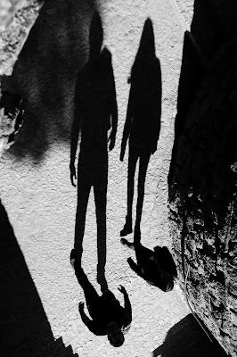 Shadows di gaia_aceti