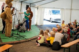 Photo: Ja lapsia oli melkoinen määrä kuuntelemassa Höh! -ryhmän hassuja improvisoituja lauluja