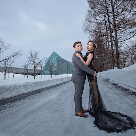 Love is nowhere by JO Leong - Wedding Bride & Groom
