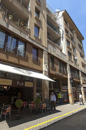 Broadway Hostel & Apartments