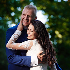 Wedding photographer Marcin Bogulewski (GaleriaObrazu). Photo of 04.09.2018