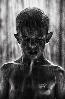Pioggia di lacrime di Laura Benvenuti
