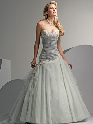 Allure Bridal Gown Strapless White Dress