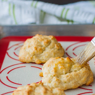 Gouda Garlic Biscuits