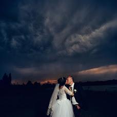 Wedding photographer Yuliya Pozdnyakova (FotoHouse). Photo of 17.09.2017