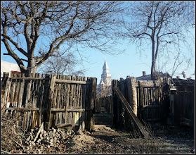 "Photo: Turda - Str. Salinelor, Nr.10 - Biserica Ortodoxa ""Sfânta Treime "" (Biserica Șovagăilor) , vedere din gradina de la Nr.15 - 2018.12.01"
