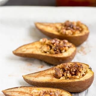 Cinammon Baked Pears (5 + 25 Min, Vegetarian).