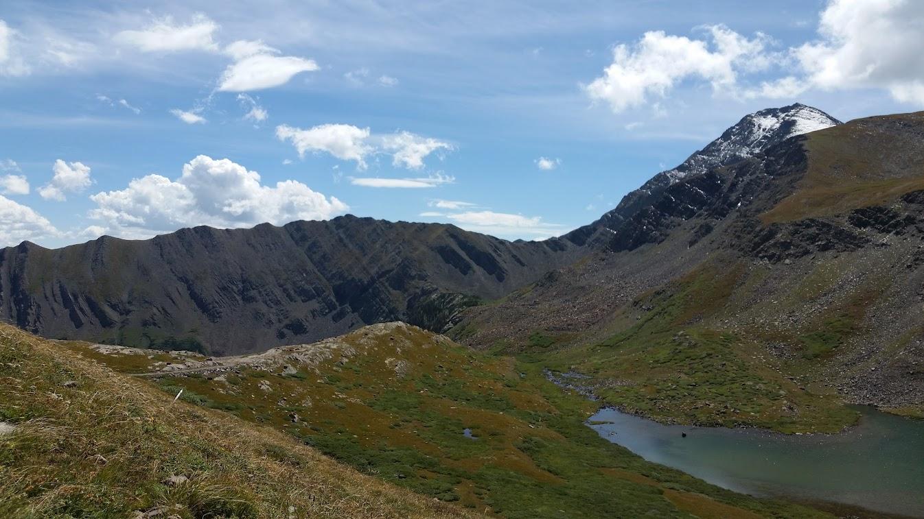 small lake on Hermit Pass