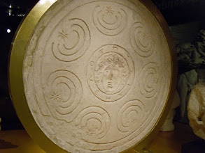 Photo: Mould for a Macedonian shield made for Ptolemy's army. His name is written around the central Medusa head. Egypt, around 300 BC.......... Mal voor een Macedonisch schild uit het leger van Ptolemeus. Zijn naam staat rond het Medusa hoofd gegraveerd. Egypte, rond 300 v.C.