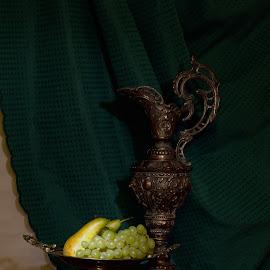 zátiší by Helena Jirasová - Artistic Objects Antiques ( zátiší )