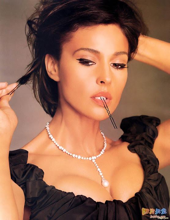 beautiful hottie pic104604c1.jpg STsbyE -  http://ahotgirl.blogspot.com | http://gallery.henku.info