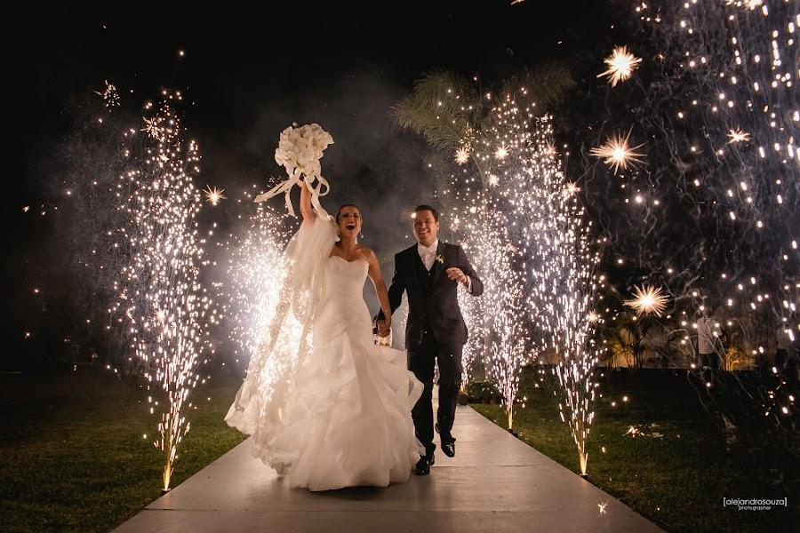 Wedding photographer Alejandro Souza (alejandrosouza). Photo of 16.04.2015