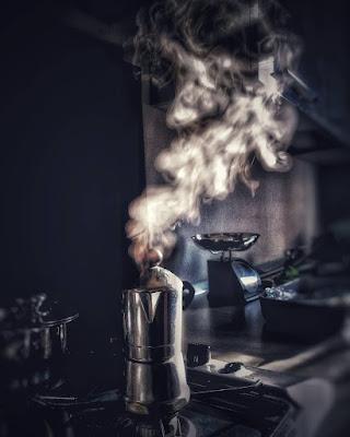 Il caffè delle 6.30. di maurodancelli