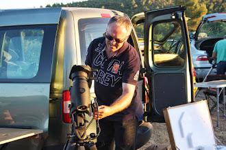 Photo: Tomás Durá listo para hacer fotografía. Un RC8 que dará mucho de sí.