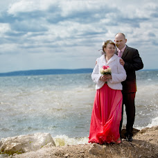 Wedding photographer Aleksandr Turovskiy (dds1dd). Photo of 03.05.2014