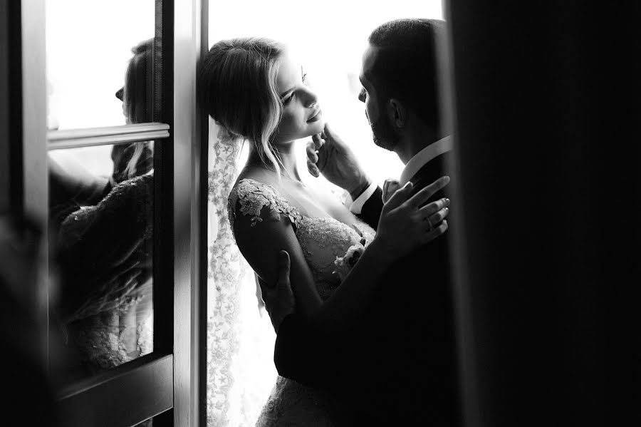 Wedding photographer Vladimir Esipov (esipov). Photo of 14.10.2019