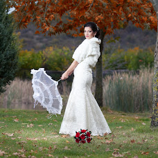 Wedding photographer Georgi Manolev (manolev). Photo of 28.10.2014