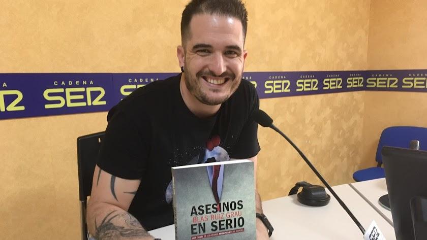 Blas Ruiz Grau, con su libro en SER Almería.