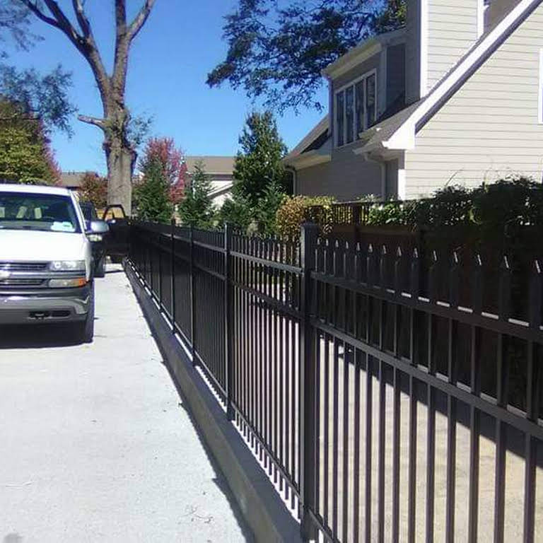 Willoughby Fencing - Fence Contractor in Morrow