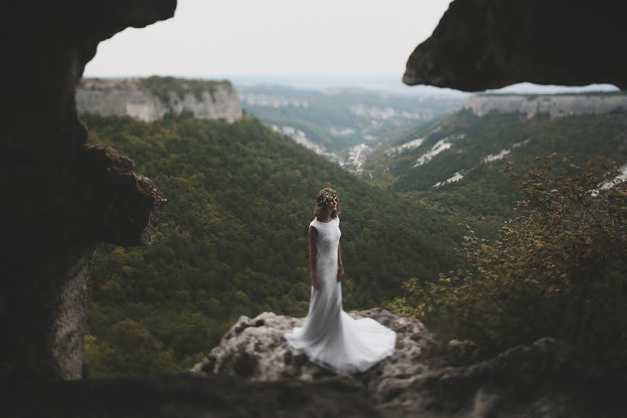 Wedding photographer Игорь Сазонов (IgorSazonov). Photo of 19.10.2015