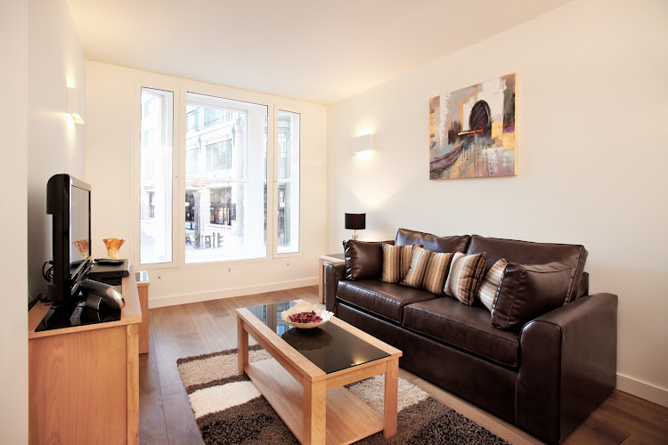 Bright living area at London City Apartments