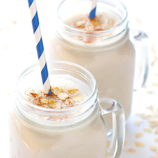 (Skinny!) Oatmeal Cookie Smoothie.