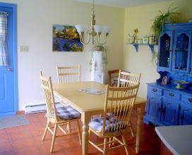 "Photo: ahhh mais la table s'ouvre en longueur, pour donner une table 60"" x 60"".. faudra que je prenne une photo .."