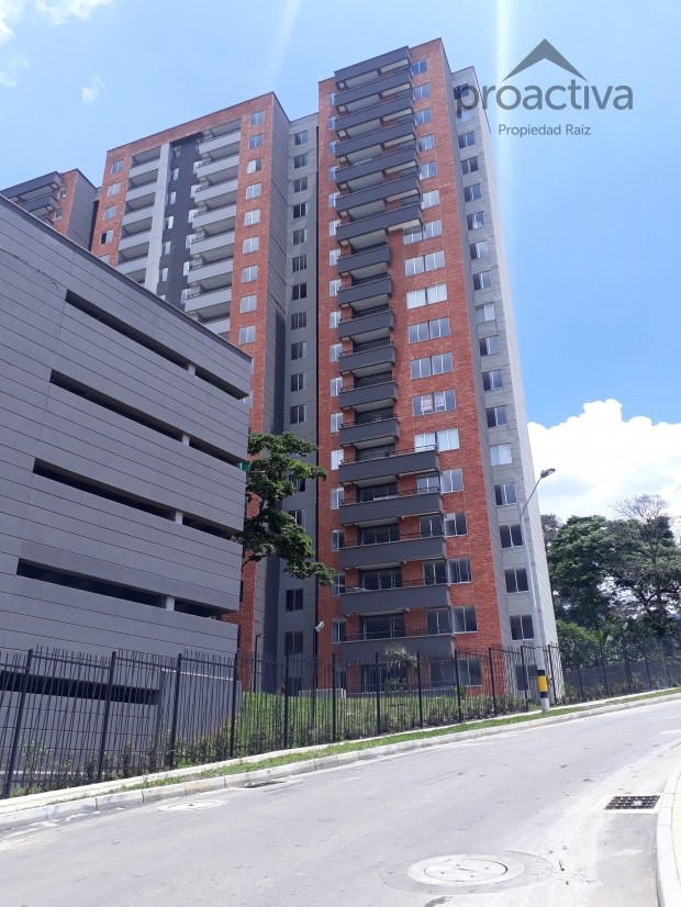 apartamento en arriendo la estrella 497-6150