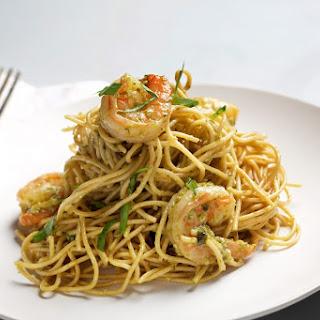 Spaghetti With Shrimp and Pesto