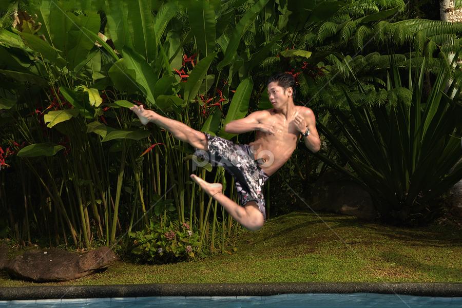 by Chipoy Cruz - Sports & Fitness Swimming