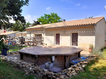villa à Bollene (84)