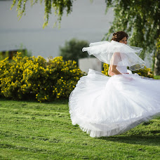 Wedding photographer Nadezhda Vyborova (PhotoNadia). Photo of 31.10.2015