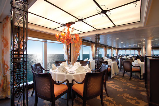 Oceania-Terrace-Cafe.jpg - Terrace Cafe on Oceania Cruises offers casual dining options for breakfast, lunch and dinner.